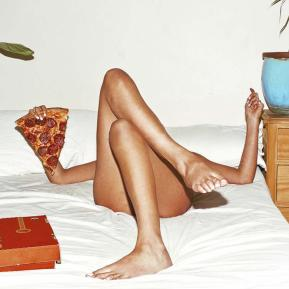 1522433449228-pizzza-bed